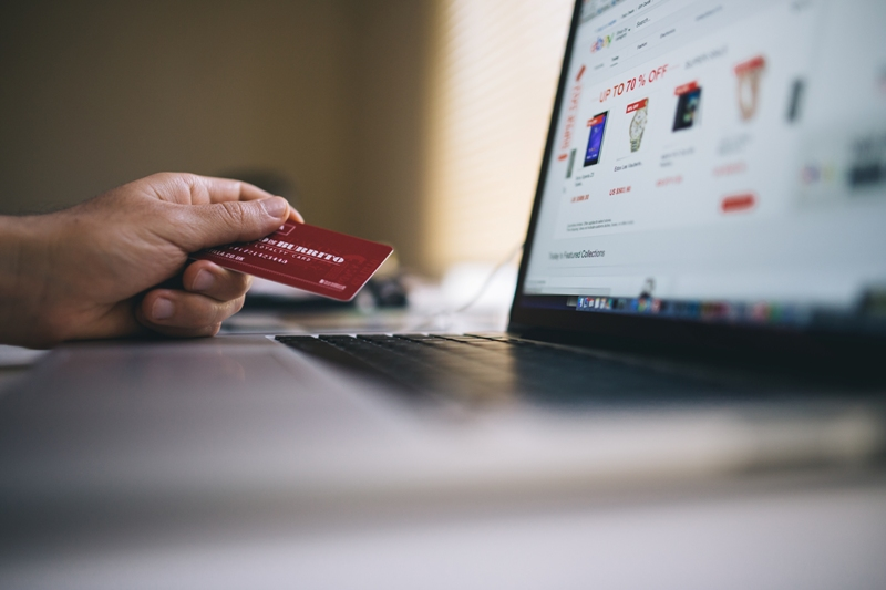 nakupovanie na dlh